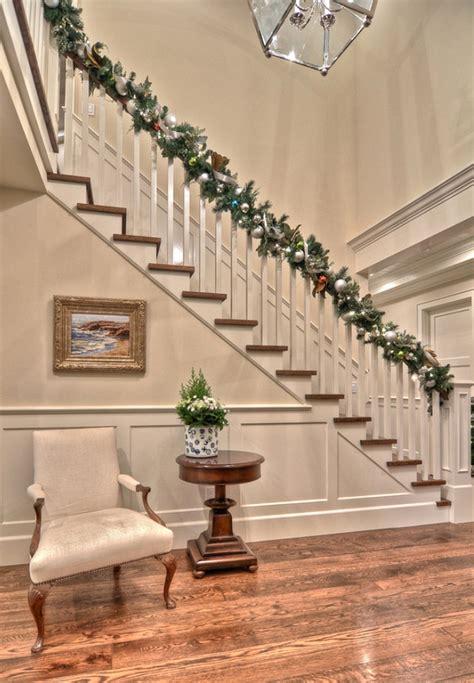 interior christmas decor a family home decorated for christmas home bunch interior design ideas