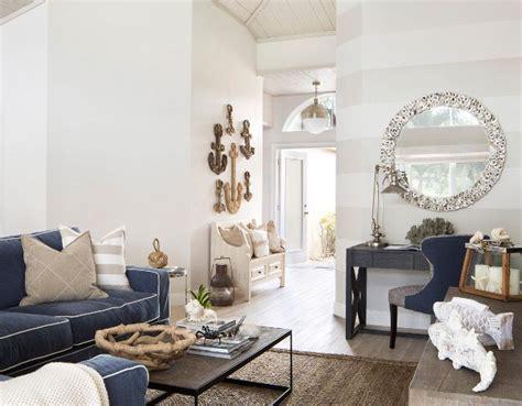 Best 25+ Benjamin Moore Balboa Mist Ideas On Pinterest 1 Bedroom Apartments Under 500 Thick Curtains Omaha Ne Antique Dresser Beach Style Bedrooms Tufted Set Romantic Sets Haverty Furniture