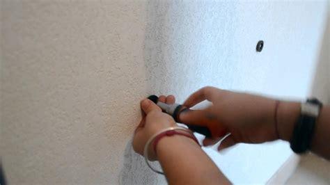 comment coller un miroir au mur cool comment raliser une