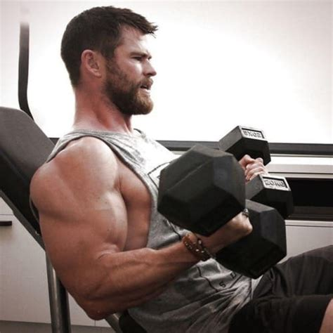 chris hemsworth yes or no on steroids muscle bash