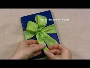 Geschenk Schleife Binden : schleife binden zum geschenke verpacken f r weihnachten diy geschenkschleife zum einpacken ~ Orissabook.com Haus und Dekorationen