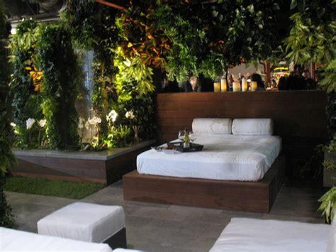 fanciful outdoor bedroom designs   boost