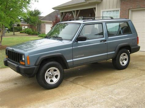 jeep cherokee xj grey purchase used 1998 jeep cherokee xj 2dr great daily driver