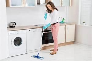 Wohnung Putzen Wie Oft : b den reinigen wie vorgehen beim boden wischen ~ Eleganceandgraceweddings.com Haus und Dekorationen