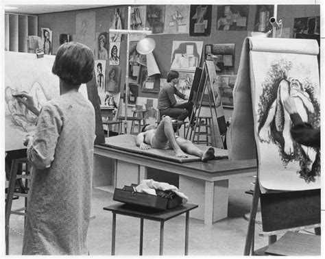 students   life drawing class side