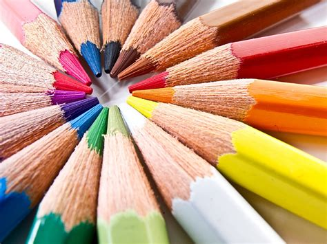 colored pencil wikipedia