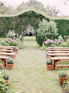 judith and paul39s southamptons wedding best wedding blog With outdoor wedding aisle decor
