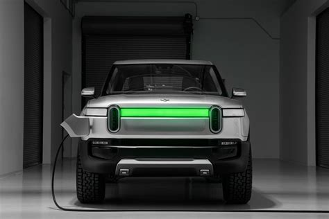 rivian rs  seat electric suv pairs  driving