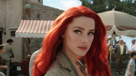 'aquaman' Star Amber Heard Shares Details On Mera's Power Set