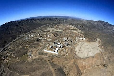 Molycorp shuts down Mountain Pass rare earth plant ...