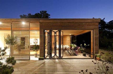 maison contemporaine en bois plan