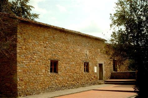 casa natale di leonardo da vinci visitoscana sierpnia 2012