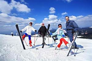 How to Layer Clothes for Winter Sports Activities | Extreme Sports X