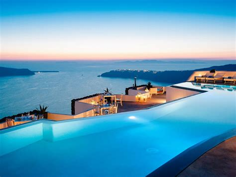 Infinity Pool : Breathtaking Infinity Pools
