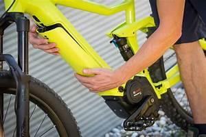 E Bike Batterie Bosch : invisible battery bosch launches radical e bike system ~ Jslefanu.com Haus und Dekorationen