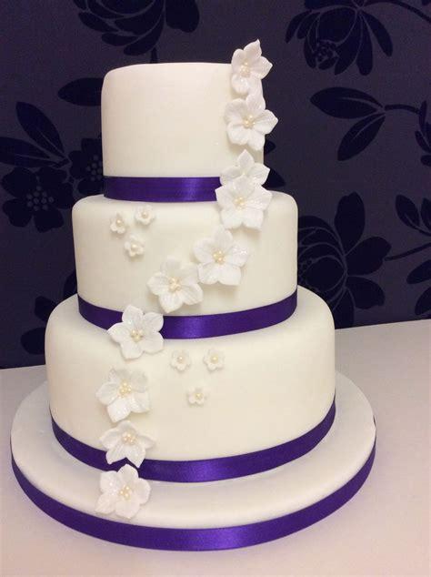 Simple 3 Tier Wedding Cake Idea In 2017 Bella Wedding