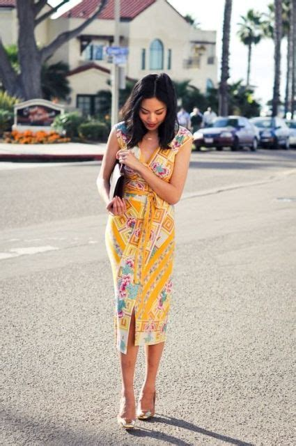 batik dress modern   wanita cantik  kekinian