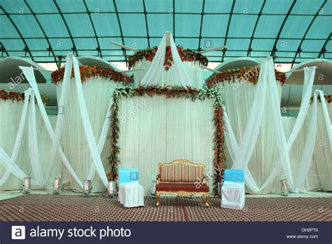 decoration pictures empty chairs sofa indian wedding reception hall decoration
