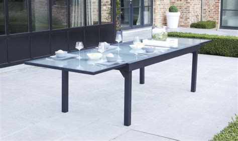 salon de jardin verre trempe grand salon de jardin gris anthracite 12 fauteuils et table extensible