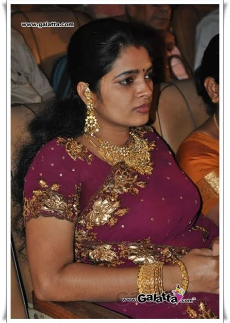 Latest Movies Gallery Tamil Aunty Actress Hot Super