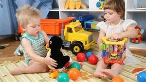 Spielzeug Jungen Ab 5 : 3 6 jahre f higkeiten der kinder und geeignetes spielzeug ~ Watch28wear.com Haus und Dekorationen