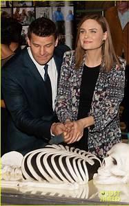 Emily Deschanel & David Boreanaz Celebrate Bones' 200th ...