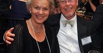 Vicki Carolin's Wiki-Bio: Car,Kids,Married,Parents,Net ...