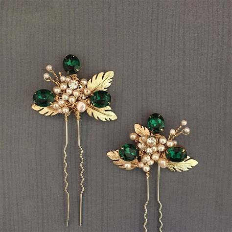 Custom made these beautiful hair pins for Emerald green ...