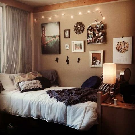 cozy small bedroom tips  ideas  bring comforts
