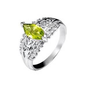 peridot wedding rings 1 carat peridot gemstone engagement ring on silver jewelocean