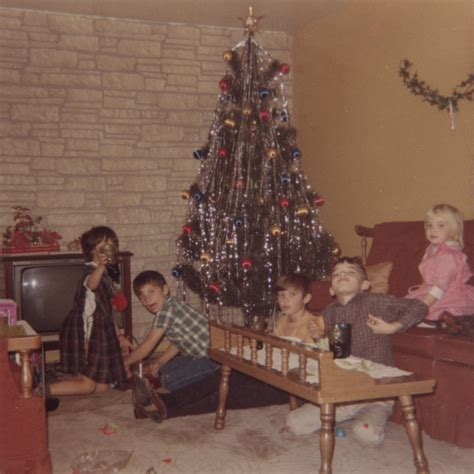 a 60 s and 70 s christmas in carpentersville illinois and