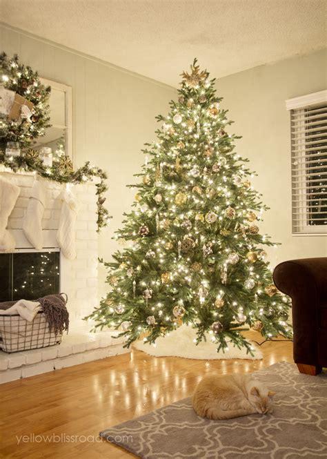 stunning christmas tree ideas  inspiration smash