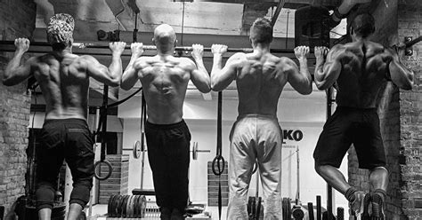Stronger Lats for Stronger Lifts | Breaking Muscle