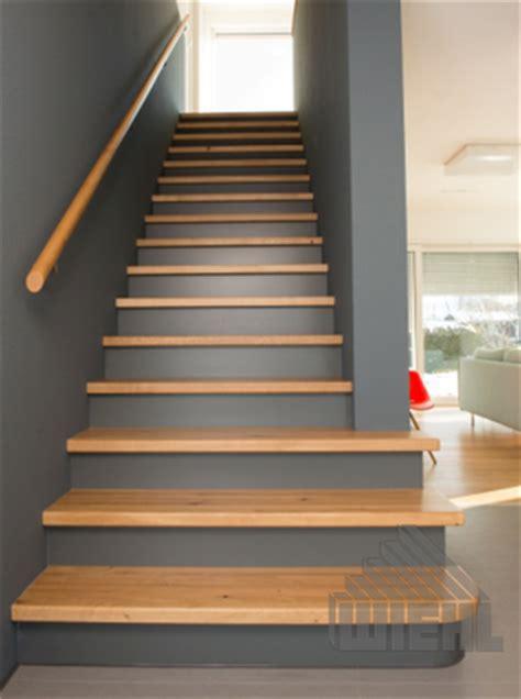 Treppe Zwischen Zwei Wänden by Wiehl Treppen Aufgesattelte Treppen