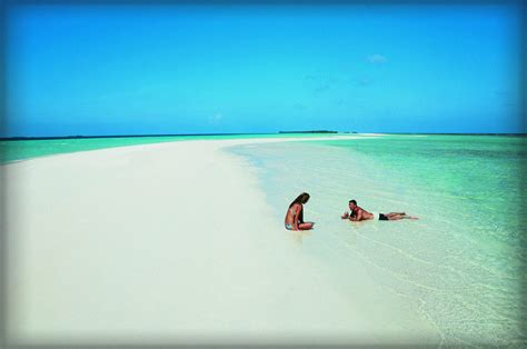 visit maldives  holiday season  wow style