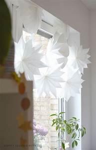 Basteln Mit Tapete : diy sterne aus butterbrotpapier und tapete holzschale pinterest sterne aus ~ Orissabook.com Haus und Dekorationen