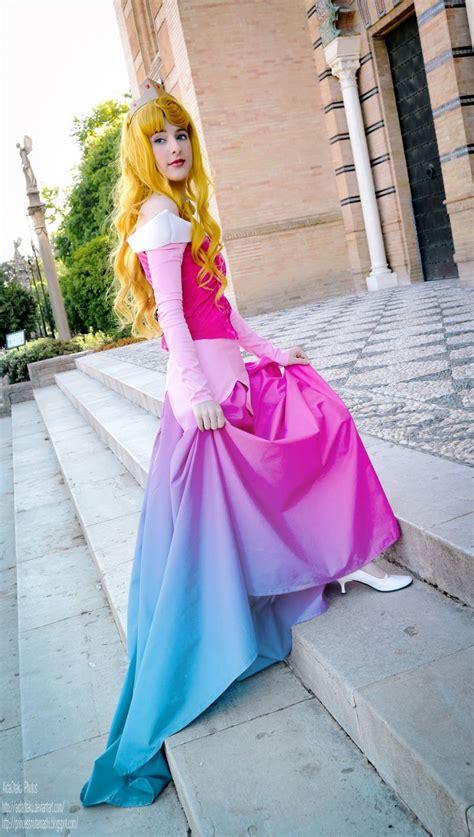 chagne color dresses sleeping disney costumes