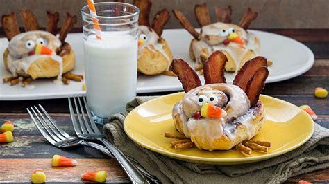 cinnamon roll turkeys recipe  pillsburycom