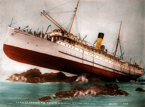 rms olympic model sinking unfortunate occurance by rms olympic on deviantart
