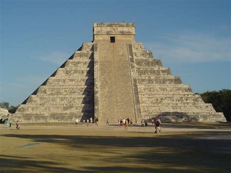 Las Tempel Velcro No 240 file chichen itza pyramid jpg wikimedia commons