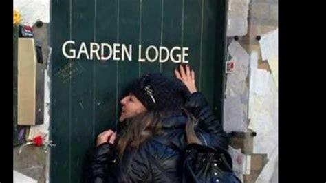 freddie mercury garden lodge  mews   rock