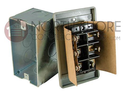 Lce3 Flush Mount Threebutton Garage Door Opener