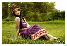 Traditional Meitei Dre...Manipuri Traditional Dress Potloi