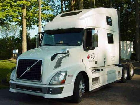 2013 volvo truck commercial volvo 780 2013 sleeper semi trucks