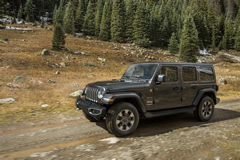 Wrangler Fuel Economy by 2018 Jeep Wrangler Turbo Four Engine Improves Fuel Economy