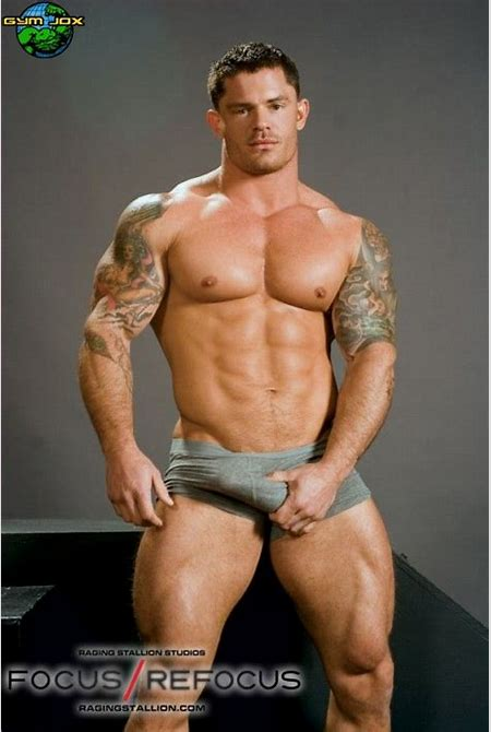 80 best images about eye candy on Pinterest   Sexy, Sexy bra and Muscle men