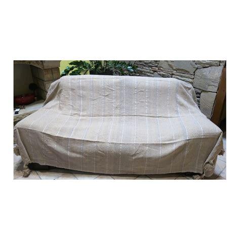couvre canapé marocain couverture couvre lit en et pompons beige rayures argent