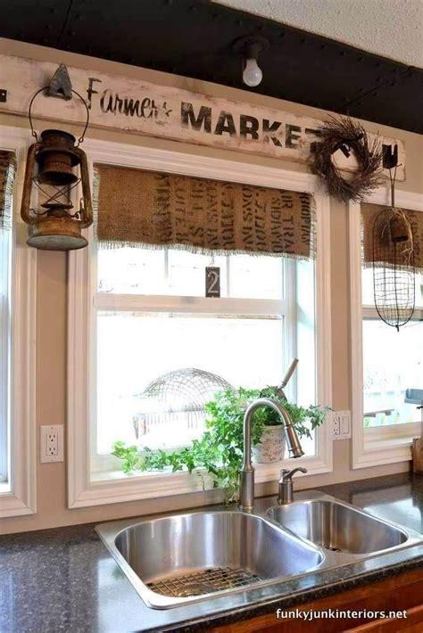 gorgeous kitchen wall decor ideas  give  kitchen