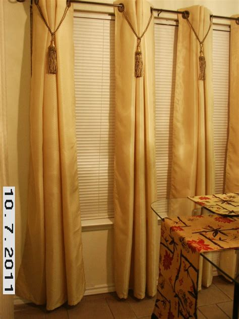 oversized drapes 1000 ideas about large window curtains on