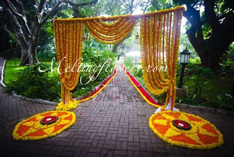 Ideas For Decorating The Entrance Beautifully Wedding